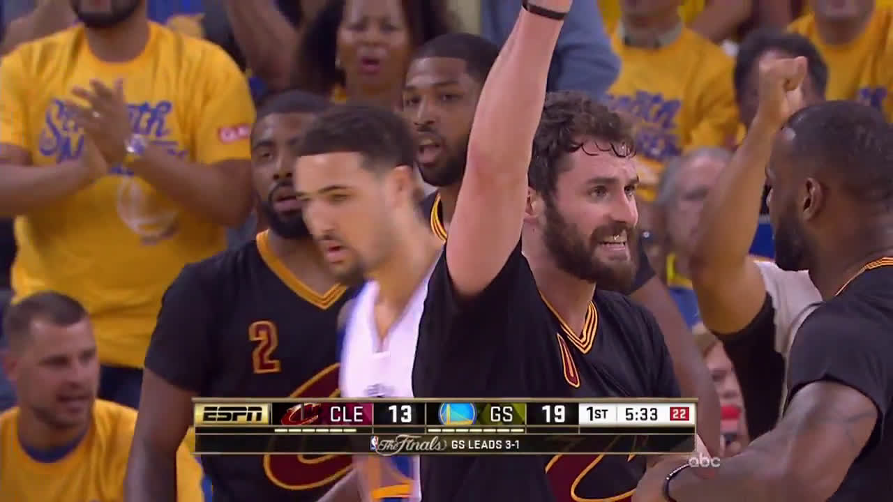 55ae79a8d536 Anyone Writing That Kevin Love was Trying to High-Five LeBron James ...